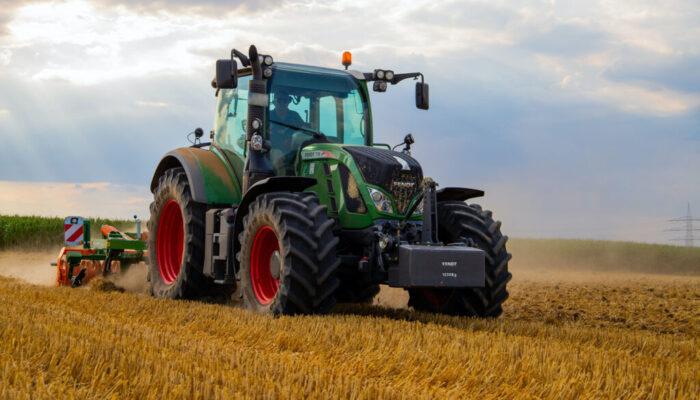 tractor-bg-6
